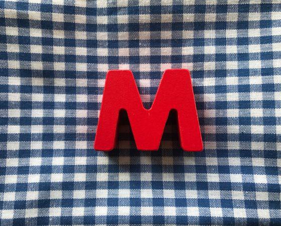 M (A bis Z)